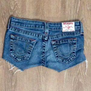 True Religion short jean shorts, size 26
